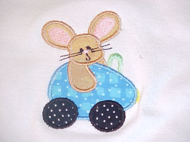 Custom Applique Easter Bunny Shirt (1)