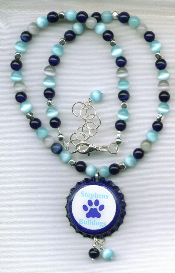 Stephens Bulldogs Beaded Bottle Cap Necklace