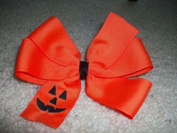 Custom Jack-O-Latern Halloween Bow