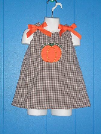 Custom Applique Pumpkin Halloween Dress (2)